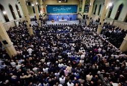 حضور مردم سایه جنگ را از کشور رفع کرده، نه مسئولین/کار انقلابی و جهادی تنها راه حل مشکلات