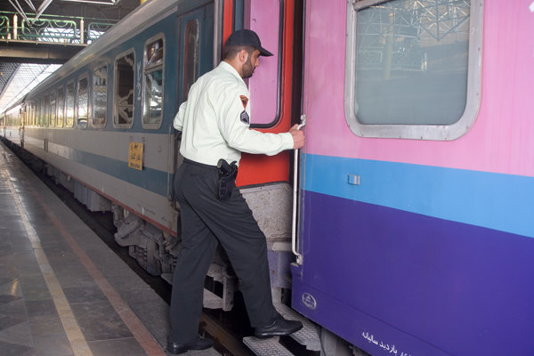 آمادهباش پلیس راه آهن کشور برای خدمات رسانی
