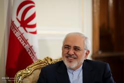 ظریف سال نو را به ملت ایران تبریک گفت