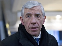 Jack Straw says Iranians have good cause to call Britain 'cunning, colonial fox'