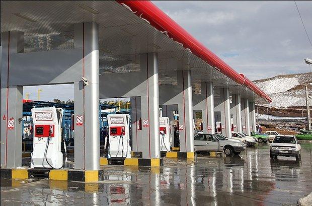امکان صادرات روزانه٤٠میلیون لیتربنزین/کدام بانک کمک بلاعوض میدهد؟