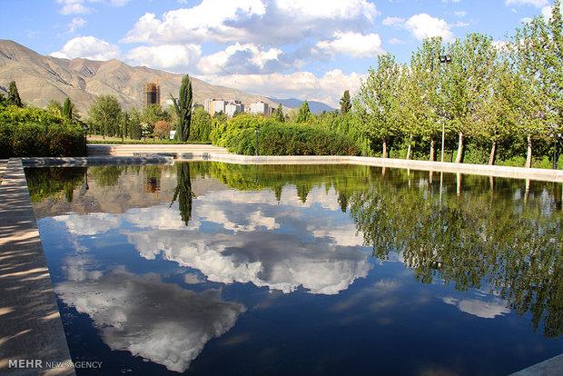 بهار در باغ گیاه شناسی تهران