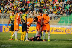 دیدار تیم های فوتبال پارس جنوبی جم و بادران تهران
