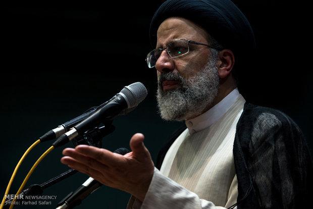 رئيسي: المشاركة في المشهد السياسي الايراني حق الجميع بعيداً عن أي توجه عنصري