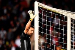 بوفون به رکورد یکصد بازی در لیگ قهرمانان رسید