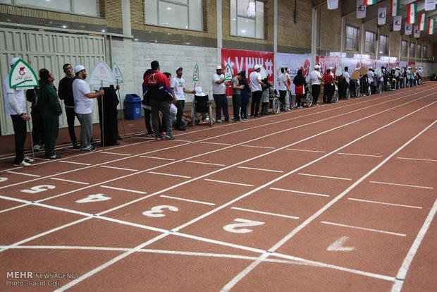 خمین قهرمان چهاردهمین دوره رقابتهای دو و میدانی استان مرکزی شد