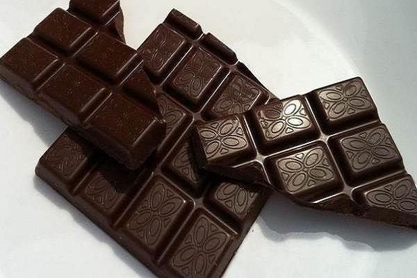 مقابله با ضربان نامنظم قلب با مصرف شکلات