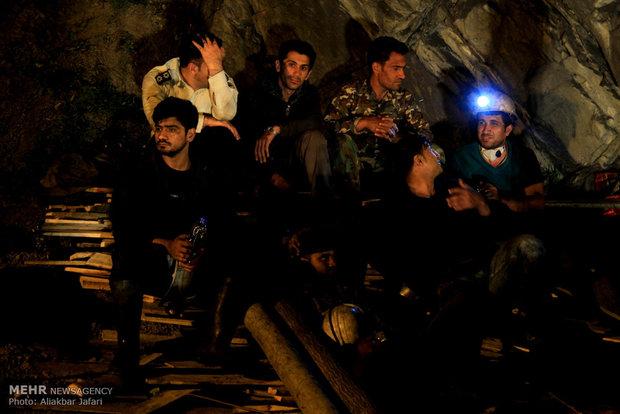 امداد رسانی به معدنچیان یورت