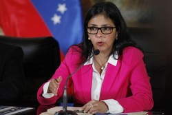 Venezuelan FM calls on extreme right to end violence