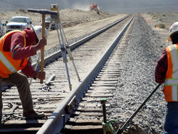 Iran manufactures first domestic rail tracks