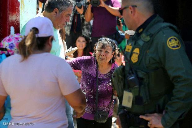 ملاقات با عزیزان در مرز مکزیک و آمریکا
