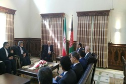 FM Zarif meets with Afghan counterpart