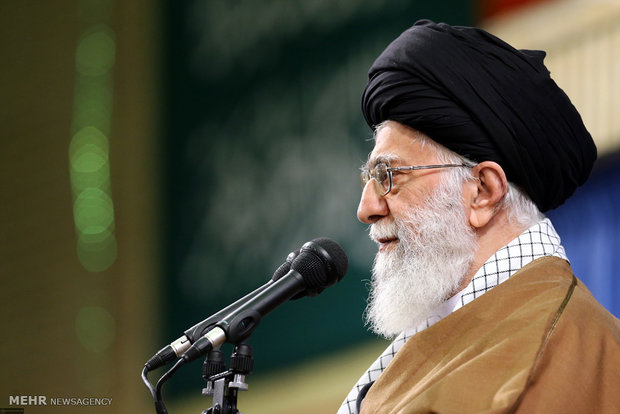 قائد الثورة: الجمهورية الاسلامية ترفض القبول بوثائق مثل وثيقة اليونسكو 2030