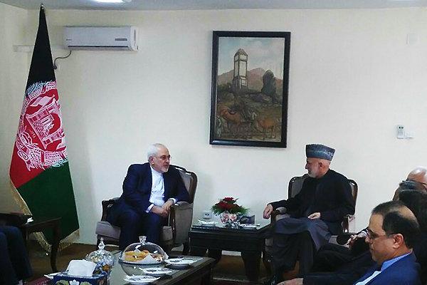 ظريف يلتقي بحامد كرزاي رئيس أفغانستان السابق