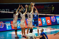 دیدار تیم های والیبال امید ایران و امید قزاقستان
