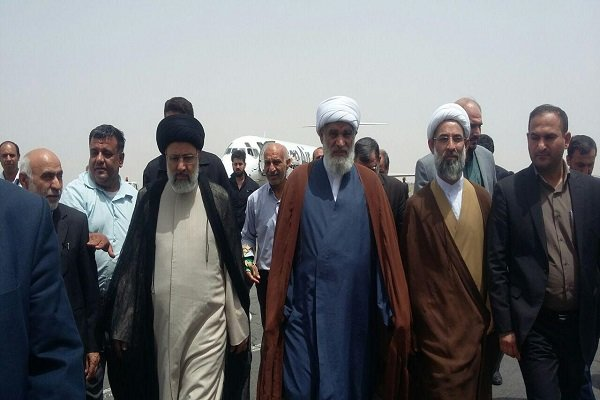المرشح الرئاسي إبراهيم رئيسي يصل محافظة خوزستان