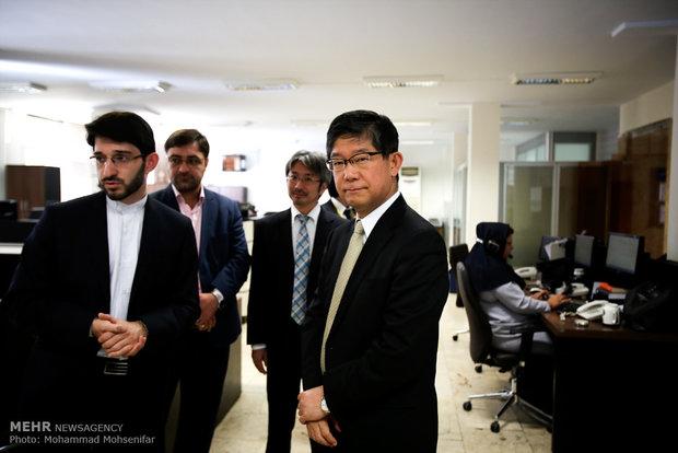 زيارة السفير الياباني في طهران لوكالة مهر للأنباء