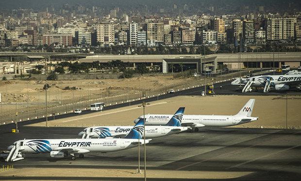 السلطات المصرية تعلن حالة الاستنفار بعد تهديد بتفجير طائرة قادمة من السعودية