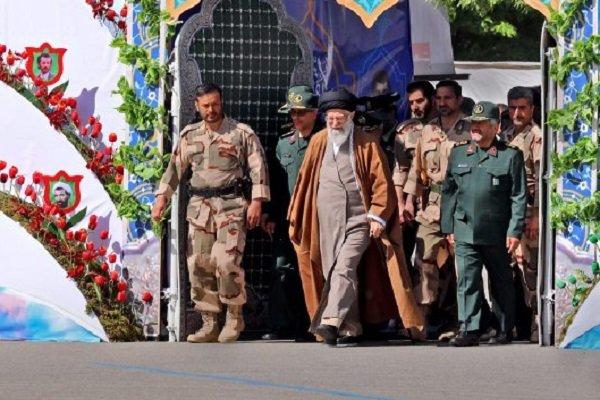 برگزاری مراسم دانش آموختگی دانشگاه امام حسین(ع)با حضور رهبرانقلاب