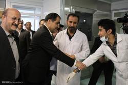 روایت وزیر از شب های اورژانس بیمارستان ها