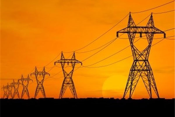 تورم تولیدکننده برق در سال ۹۵ اعلام شد/فقط پاییز روند نزولی داشت