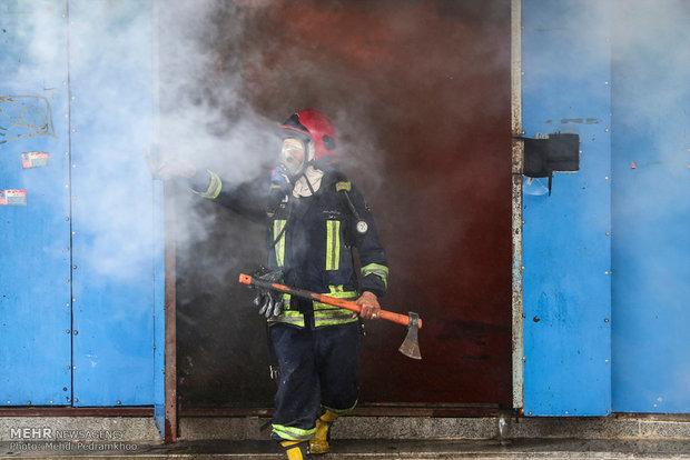 ۵ مصدوم و یک فوتی حاصل آتش سوزی در پتروشیمی آبادان