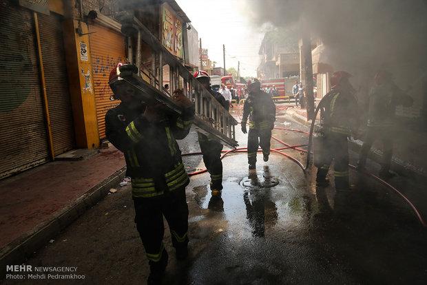 تصاویر آتش سوزی پاساژ رضوان اهواز