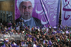 Rouhani urges more freedom for political groups