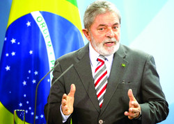 Two possible paths for Brazil's most beloved ex-leader: Prison or the presidency