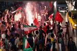 İran sokaklarında seçim coşkusu