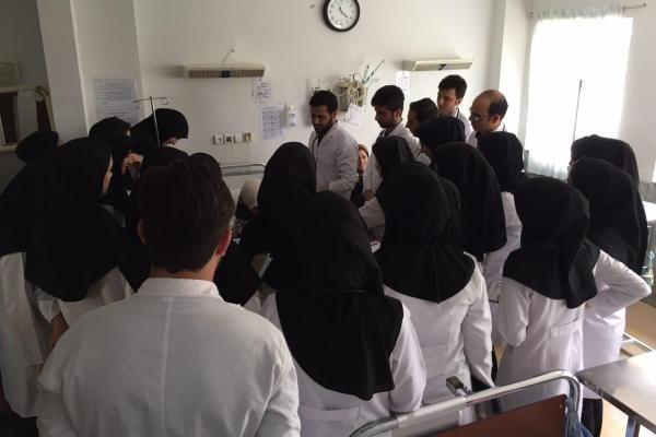الزام دانشگاه آزاد به منع تحصیل بیش از ۱۳۴ متخلف گروه پزشکی