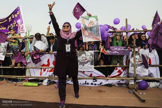 المرشح حسن روحاني يزور محافظة خوزستان