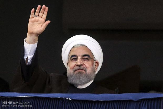 روحاني: أيها الشعب الإيراني سأكون على عهدي معكم