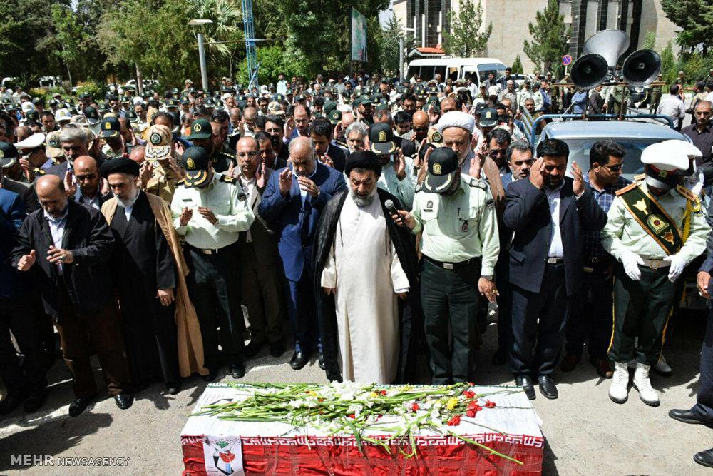 تشییع پیکر علی بخش حسنوند شهید حادثه تروریستی اهواز در خرمآباد