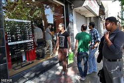 صرافیها تا اطلاع ثانوی ارز نمیگیرند/آیا صرافان فقط سکه میفروشند؟