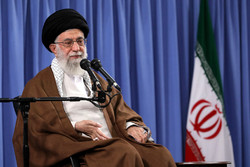 A group of people from various backgrounds meets Ayatollah Khamenei