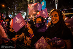 Tahran'daki seçim coşkusundan kareler