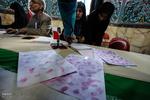 صف های طولانی رای در کرمان/ درخواست تعرفه در برخی از شعب
