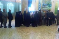 حضور پر شور مردم استان ایلام در ساعات ابتدایی رای گیری