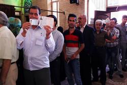 مشارکت بالای مردم شهرستان دشتی در ساعات اولیه انتخابات