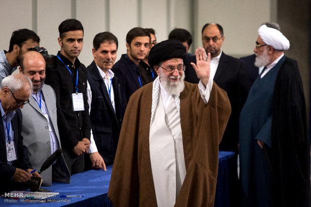 حضور مقام معظم رهبری در انتخابات