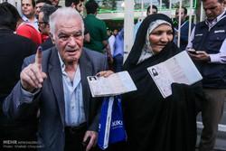 اردیبهشت ۹۶ در خاطره ها ماندگار شد/مسئولان قدردان مردم باشند