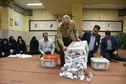 مجید موسویان با ۲۰۲ هزار رای از حسن کامران پیشی گرفت