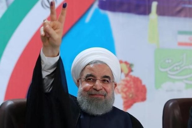 Political figures congratulate Rouhani on re-election