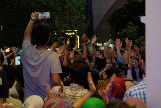 شادی هواداران حسن روحانی در مشهد
