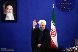 الرئيس الإيراني الجديد يؤدي اليمين الدستورية في مطلع شهر آب