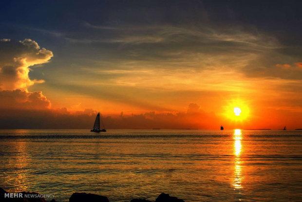Dünya farklı bölgelerinde güneşin batışı