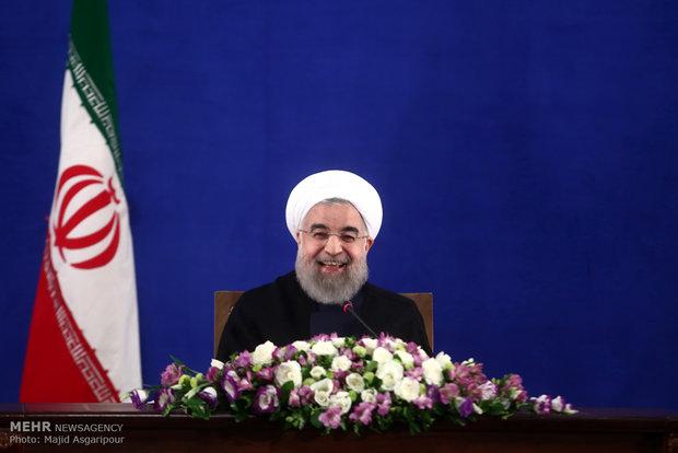 ایرانی صدر کا عید فطر کے موقع پر اسلامی ممالک کے سربراہان کو تہنیتی پیغام