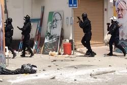 قوات الأمن البحرينية تشرع الآن في تكسير باب بيت آية الله عيسى قاسم