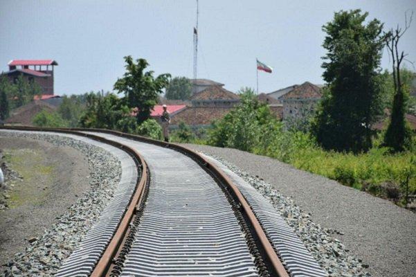 ايران تبرم صفقة لإنشاء سكة حديد تربط مابين آسيا وأوروبا